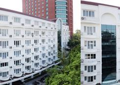 Thang Long Opera Hotel - Hanoi - Building