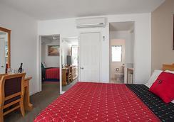 Ocean Lodge Santa Monica Beach Hotel - Santa Monica - Bedroom