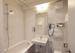 City Hotel Berlin Mitte - Berlin - Bathroom