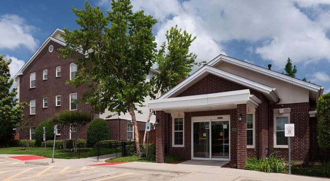 TownePlace Suites by Marriott Dallas Arlington North - Arlington - Building
