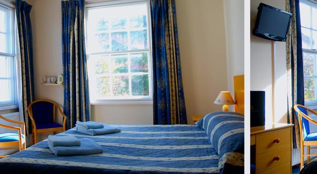 Clock Tower Hotel - Exeter - Bedroom