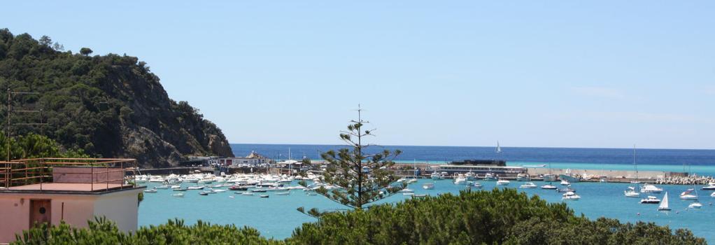 Hotel Genova - Sestri Levante - Outdoor view