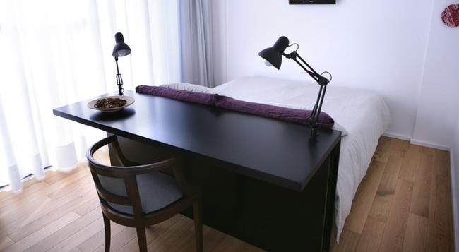 Mxp Rooms - Cardano al Campo - Bedroom