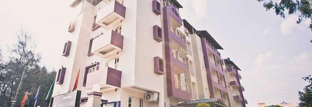 Royal Suites Hotel Apartments - Bangalore - Building