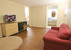 Red Roof Inn Somerset - Somerset - Bedroom
