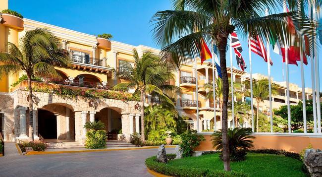 Gran Porto Resort - Playa del Carmen - Building