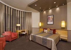 Mamaison Hotel Andrassy Budapest - Budapest - Bedroom