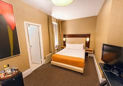 Amsterdam Court Hotel - New York - Bedroom