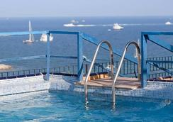 Hotel Don Quijote - Ibiza - Pool