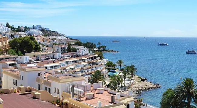 Don Quijote - Ibiza - Outdoor view