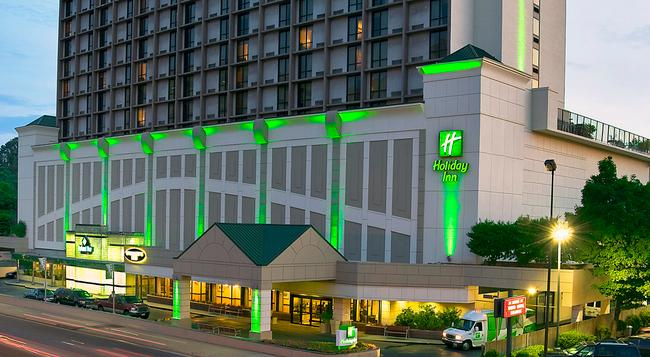 Holiday Inn National Airport/Crystal City - Arlington - Building