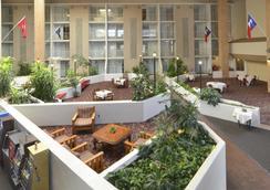 Amarillo Inn & Suites - Amarillo - Patio