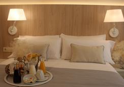 Hotel Omnium - Barcelona - Bedroom