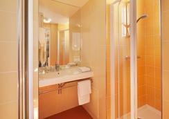 Hotel Au Pacific - Paris - Bathroom