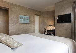 Hotel de l'Empereur - Paris - Bedroom