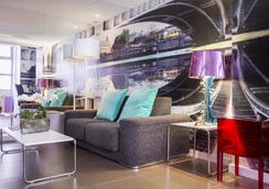 Hotel Moderne Saint Germain - Paris - Lobby
