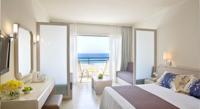 Louis Imperial Beach - Paphos - Bedroom