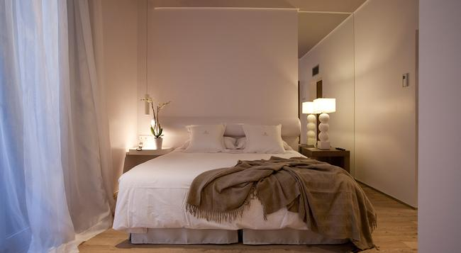 Anba Bed & Breakfast Deluxe - Barcelona - Bedroom