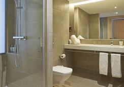 Hotel Omnium - Barcelona - Bathroom