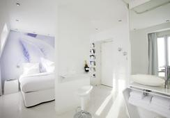 BLC Design Hotel - Paris - Bedroom