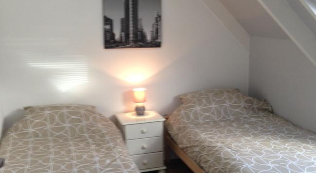 Breakers Lodge - Hostel - Newquay - Bedroom