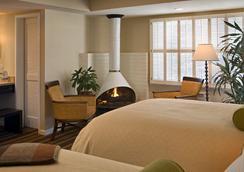 Casa Munras Garden Hotel & Spa - Monterey - Bedroom
