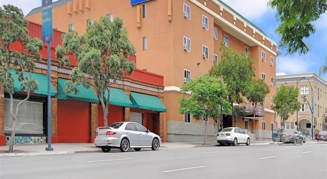 Comfort Inn Gaslamp Convention Center - San Diego - Building