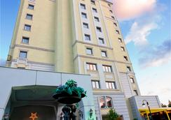 The Green Park Hotel Bostanci - Istanbul - Outdoor view
