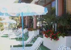 Hotel Plaza - Grado - Outdoor view