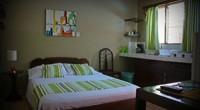 Hotel Perico Azul - Jaco - Bedroom