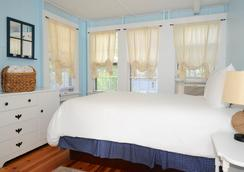 Pequot Hotel - Oak Bluffs - Bedroom