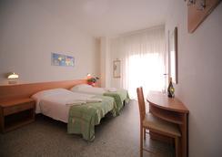 Oxford Hotel - Rimini - Beach