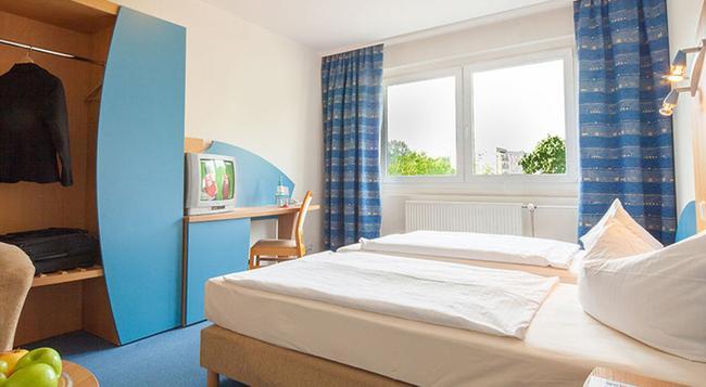 A&O Berlin Kolumbus - Berlin - Bedroom