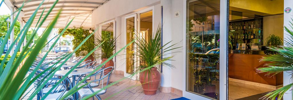 Hotel Corinna - Rimini - Building
