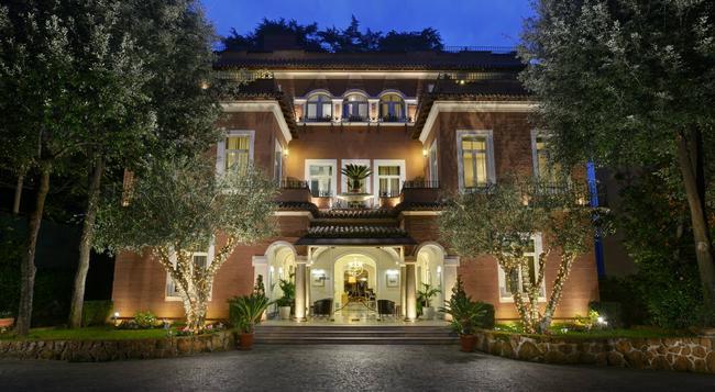 Hotel Principe Torlonia - Rome - Building