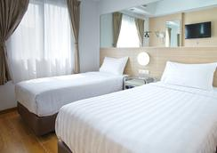 Red Planet Surabaya - Surabaya - Bedroom