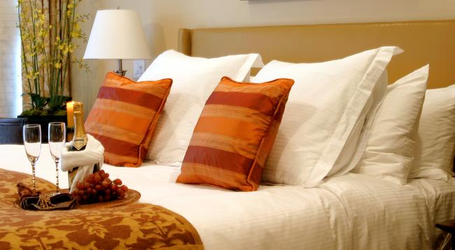 Dolphin Bay Resort & Spa - Pismo Beach - Bedroom
