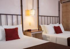 Sky Ranch Lodge - Sedona - Bedroom