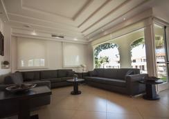 Hotel Baja - Arzachena - Lobby