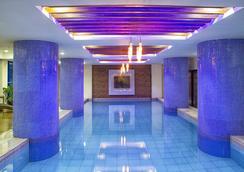 Icon Hotel Timog - Manila - Pool