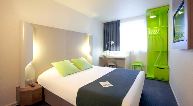 Campanile Annemasse Centre - Gare - Annemasse - Bedroom