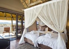 Hoodia Desert Camp - Sesriem - Bedroom