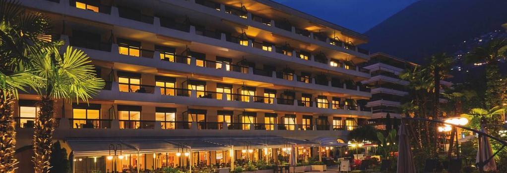 H4 Hotel Arcadia Locarno - Locarno - Building