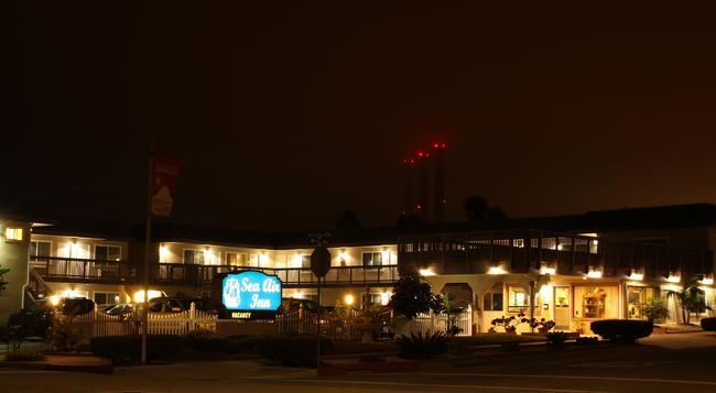 Sea Air Inn - Downtown Morro Bay - Morro Bay - Building