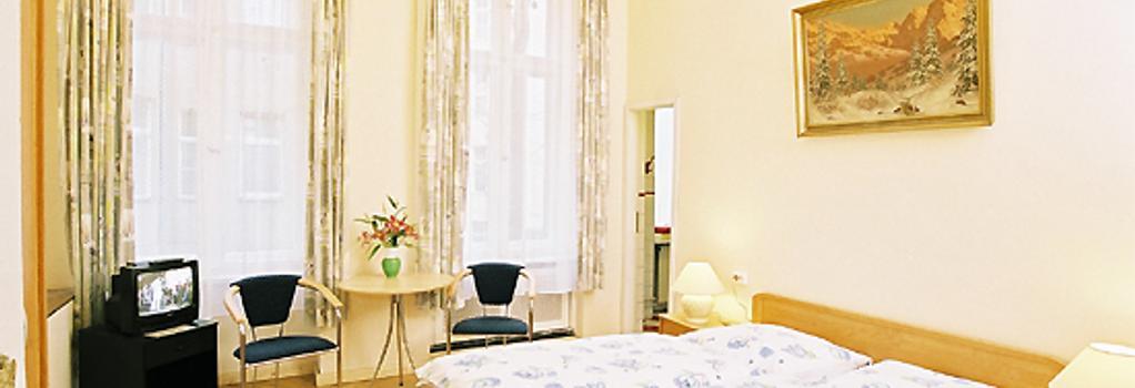 Hotel Gunia - Berlin - Bedroom