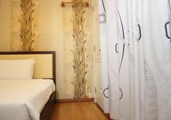 Em & Em Hotel - Bui Thi Xuan - Ho Chi Minh City - Bedroom