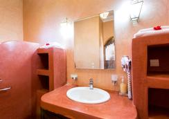 Domaine du Douar - Marrakesh - Bathroom