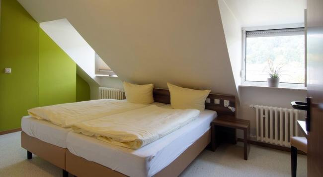 Keisers Hotel Garni - Trier - Bedroom