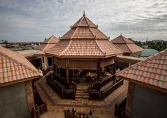 Model Angkor Resort - Siem Reap - Outdoor view