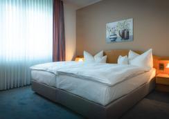 Hotel Pfalzer Hof - Braunschweig - Bedroom